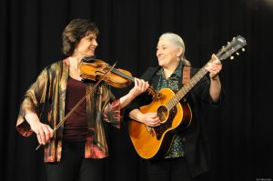 Summer Acoustic Music Series: Simple Gifts